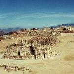 photos gratuites Photos gratuites des ruines zapotèques du Monte Albán, au Mexique (Amérique Centrale). Photos du Yucatán, Photos de vestiges archéologiques, art zapotèque, statues zapotèques, art précolombien, art mexicain...